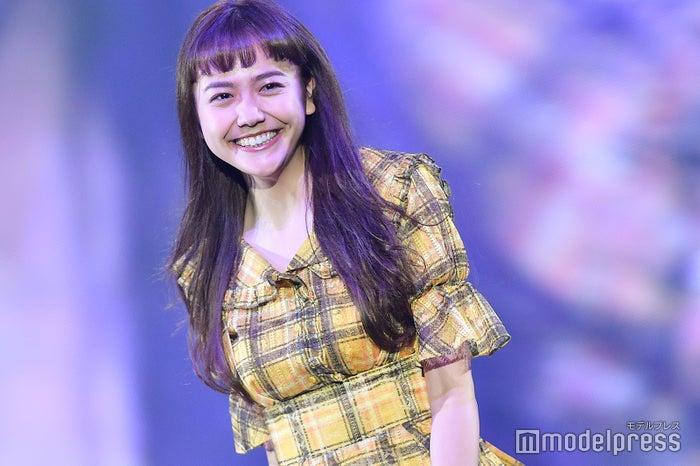 「神戸コレクション2018 AUTUMN/WINTER」に出演した松井愛莉(C)モデルプレス