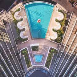 オーストラリアにSNS映えプール付ホテル「スカイ・スイーツ・グリーンスクエア」20年開業