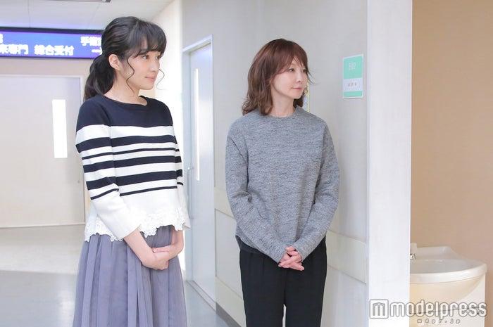 チュールスカートにはボーダーを合わせて甘すぎないバランスを(画像提供:日本テレビ)