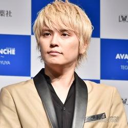 手越祐也、福島県訪問し卒業式でライブ「少しでも心が暖かくなってくれたら」
