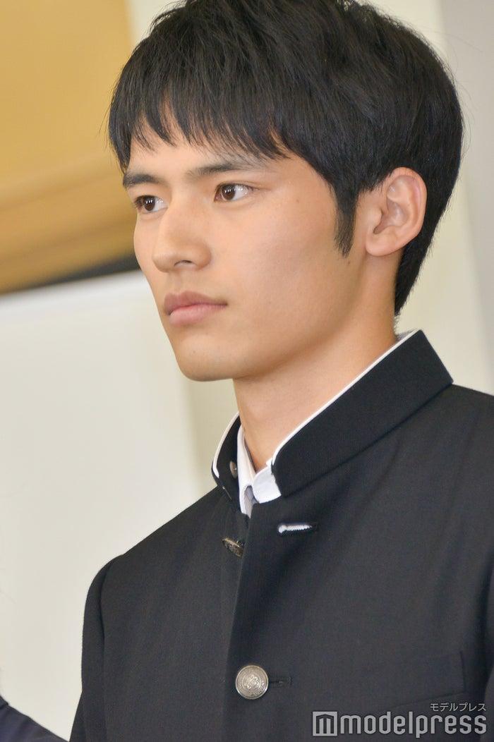 岡田健史 (C)モデルプレス