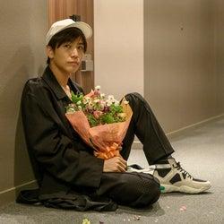 岩田剛典(C)2020 HIGH BROW CINEMA
