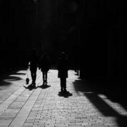 自殺者、1849人の衝撃。女性自殺者の急増とホームレス化の背景