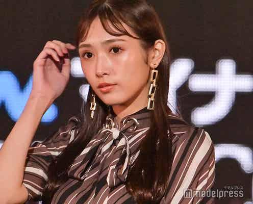 櫻坂46渡辺梨加、前髪分けスタイルでクールビューティーな魅力発揮<TGC2021A/W>