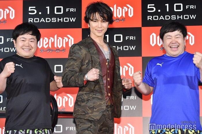 (左から)たくや、武田真治、かずや (C)モデルプレス