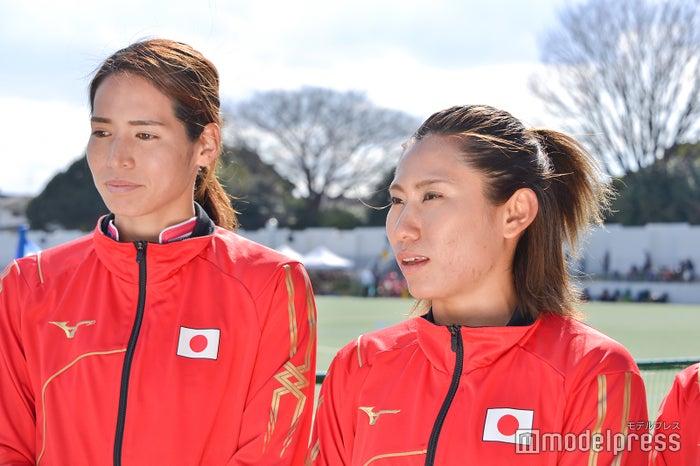 (左から)内藤夏紀選手、永井友理選手(C)モデルプレス