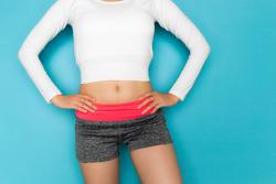 座ったままで!『体幹強化&美くびれ』メイクエクササイズ