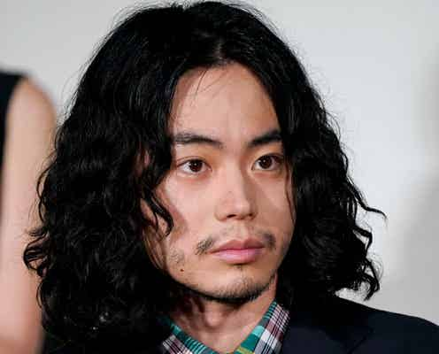 菅田将暉「やめて頂きたかったです」撮影中に星野源がカメラ横でまさかの行動…「久々に恥ずかしかった」