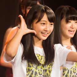 モデルプレス - NMB48山本彩加、テレビ初歌唱でいきなりセンター みるきーセンター曲で「後継者」の呼び声高まる