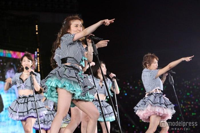 AKB48、初の国立公演<1日目セットリスト>(C)AKS