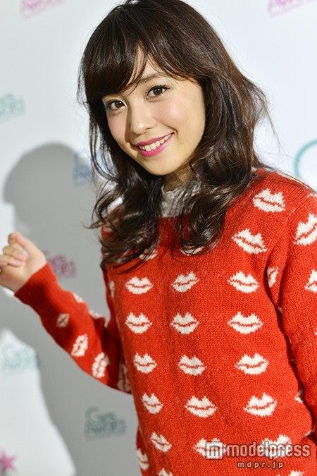 モデルプレスのインタビューに応じた久慈暁子【モデルプレス】