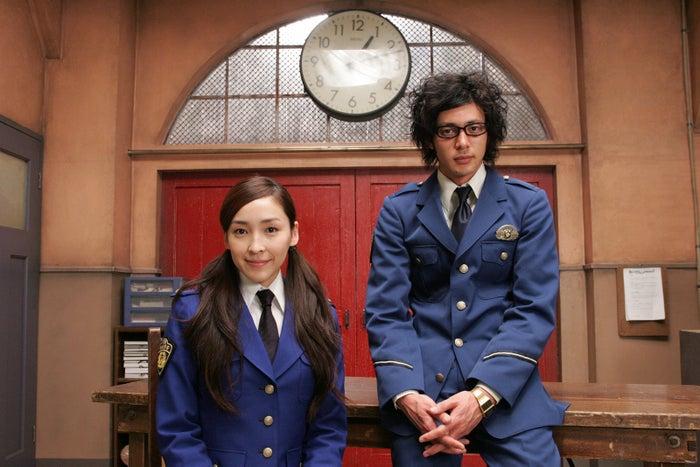 (左から)麻生久美子、オダギリジョー(C)テレビ朝日