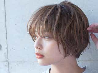 丸顔女子に似合う!《パーマ×ショートヘアスタイル》10選|前髪ありなし・黒髪など!