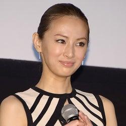 北川景子「DIO!」サプライズメッセージに感激「胸がいっぱい」