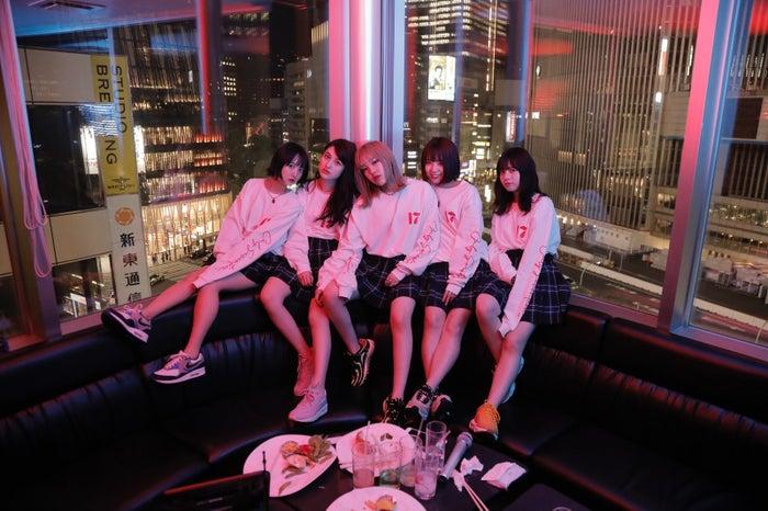 「ONLY SEVENTEEN」MVより(提供画像)