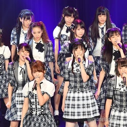 ラストアイドル、ファミリー22人迫力の「好きだ」80回 「TOKYO IDOL FESTIVAL 2018」初出演<写真特集/セットリスト>