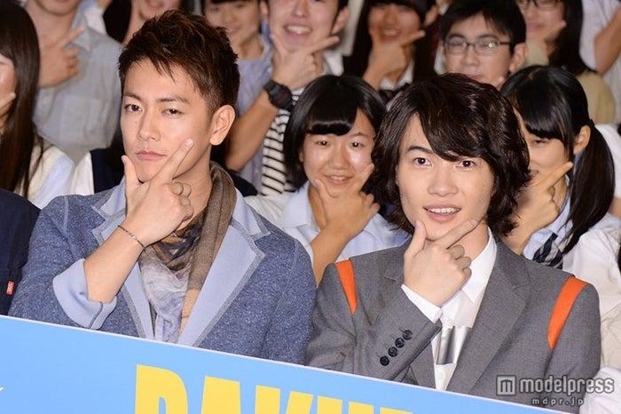 神木隆之介(右)、佐藤健に「遠慮はなかった」【モデルプレス】