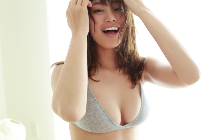 稲村亜美(C)佐藤裕之/週刊プレイボーイ