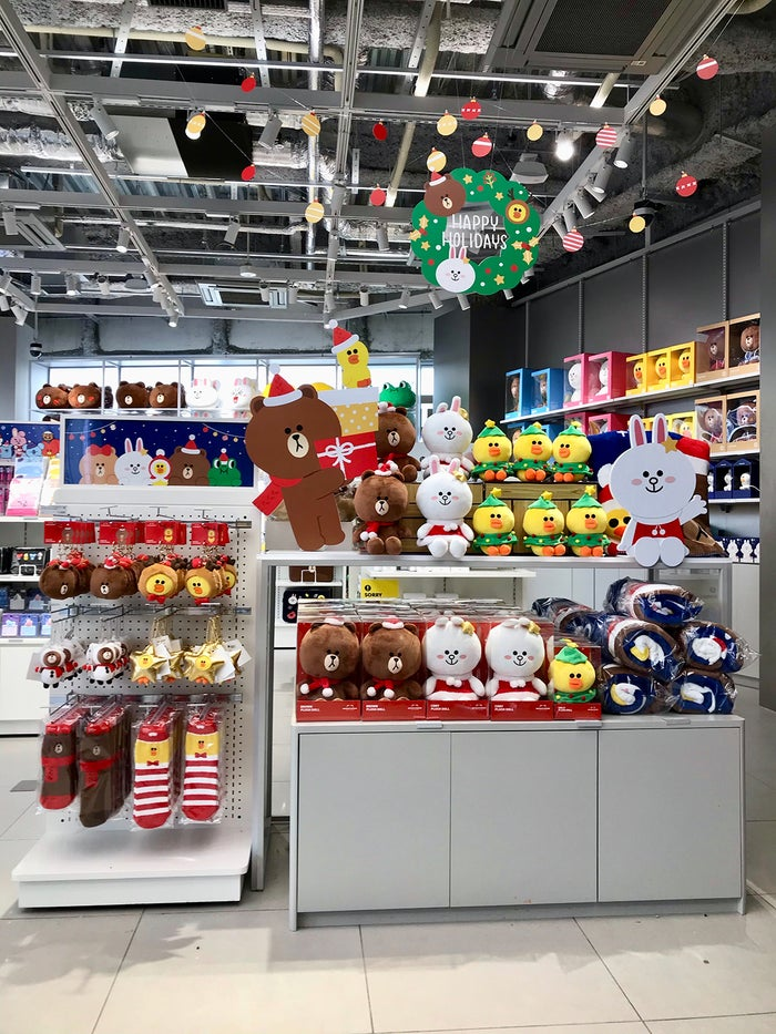「LINE FRIENDS flagship store in Harajuku」店内