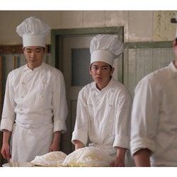 天皇 の 料理 番 モデル 天皇の料理番の実話?ドラマのモデルとなった人物やキャストを紹介【...