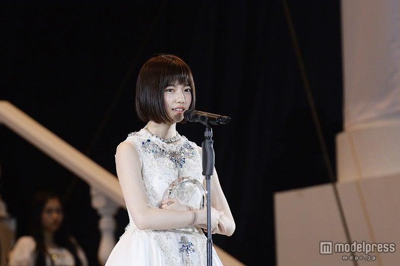 島崎遥香、順位発表で涙のスピーチ「AKB48の第2章を作りたい」<第7回AKB48選抜総選挙>(C)AKS【モデルプレス】
