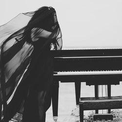 堀北真希『ヒガンバナ』主題歌が謎の女性アーティストJYに決定