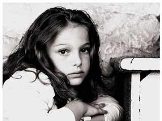 海外セレブの過去写真が可愛すぎて眼福 ナタリー・ポートマン、エマ・ワトソン、クロエ・グレース・モレッツらの幼少期に反響
