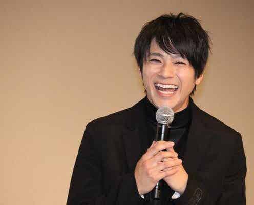 """山田裕貴&鈴木伸之、笑顔輝く映画との""""ギャップ""""あるSHOTに歓喜の声「感動しちゃう」「笑顔かわいすぎ」<東京リベンジャーズ>"""