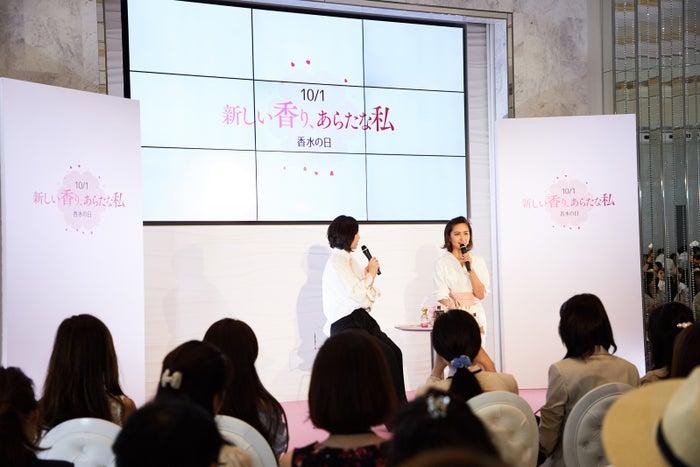プレス発表会でのトークショーにて/加藤夏希