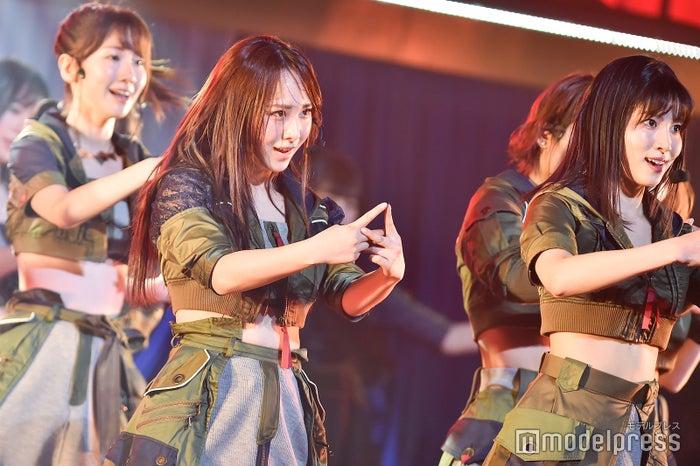 高橋朱里、谷口めぐ「AKB48 チームB単独コンサート~女神は可愛いだけじゃない~」 (C)モデルプレス