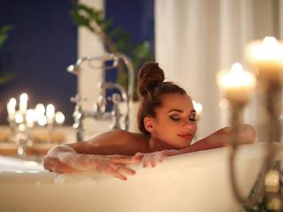 """お風呂で""""美容効果""""を手に入れる!おすすめグッズ・美容法・注意点"""