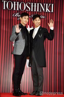 東方神起(左から)チャンミン、ユンホ(C)モデルプレス