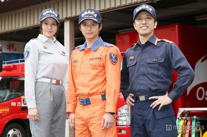 (左から)藤原紀香、小池徹平、筧利夫(C)NHK