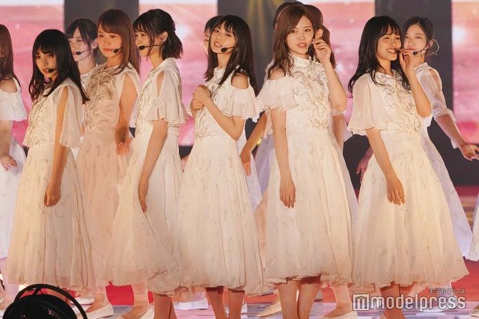 「GirlsAward 2018 SPRING/SUMMER」に出演した乃木坂46 (C)モデルプレス