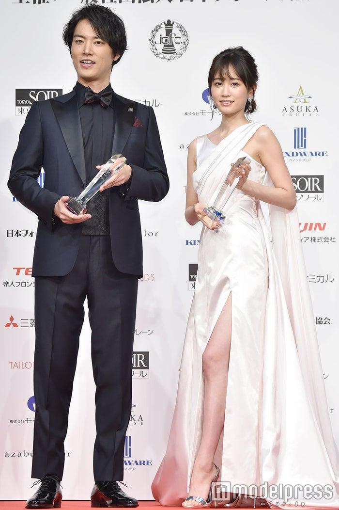 桐谷健太、前田敦子 (C)モデルプレス