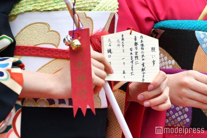 樋口日奈の絵馬 (C)モデルプレス