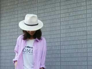 「ロゴTシャツ」で作るデートスタイル♡大人可愛いはこうしてできる!