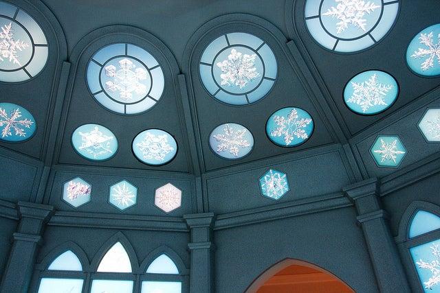 360度広がる雪の結晶の部屋/photo by MiNe (sfmine79)