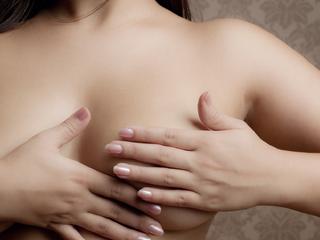 「乳首の黒ずみ」の原因って?対策・予防法やクリームの選び方辞典