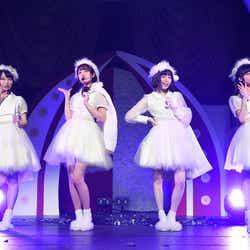 久保怜音、加藤玲奈、島崎遥香、小栗有以「第6回 AKB48紅白対抗歌合戦」(C)AKS