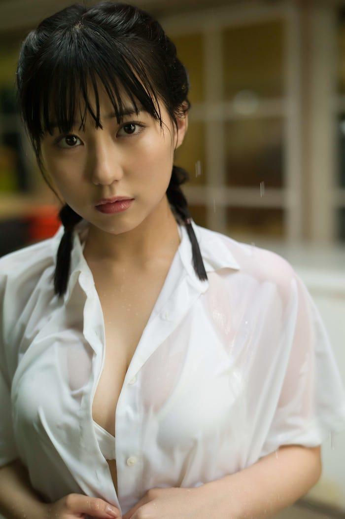 田中美久ファースト写真集(9月12日発売)通常版(撮影:細居幸次郎)