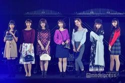 (左から)宮崎想乃、山下エミリー、神志那結衣、松岡菜摘、森保まどか、栗原紗英、松本日向 (C)モデルプレス