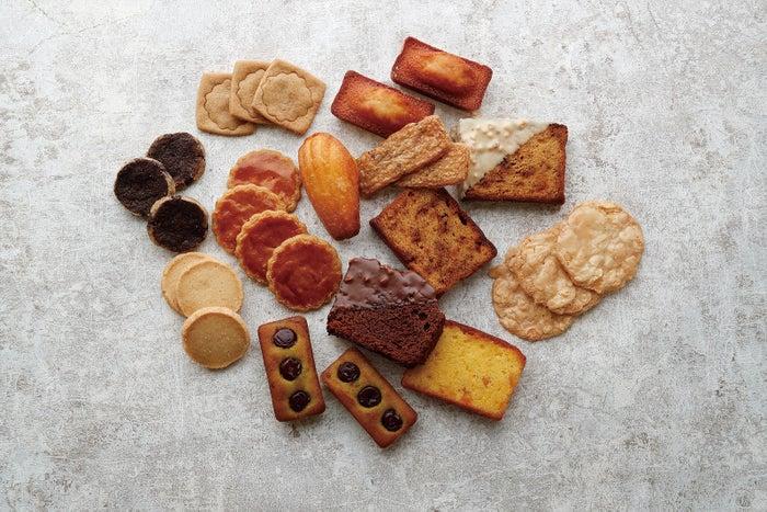 お菓子/画像提供:アルノー・ラエール ジャポン