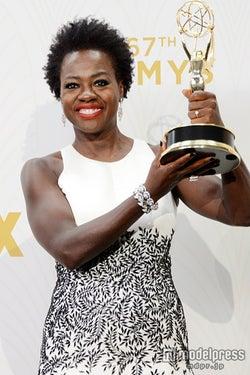 エミー賞、「殺人を無罪にする方法」ヴィオラ・デイヴィスが主演女優賞 アフリカ系アメリカ人初の快挙