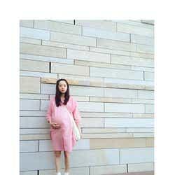 モデルプレス - モデルAMO、妊娠9ヶ月の大きなお腹「一心同体な感じが愛おしい」