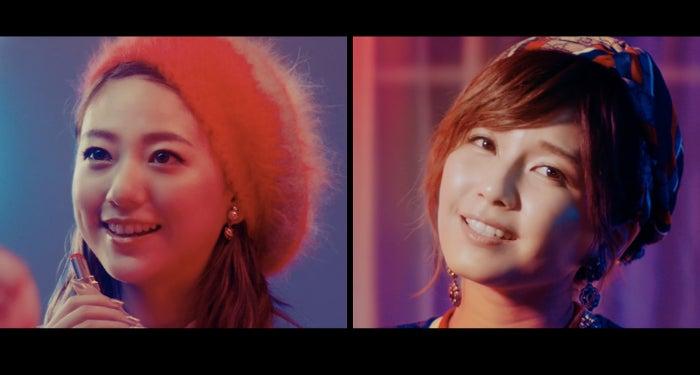 「Jewel」ミュージックビデオが公開(左から)伊藤千晃、宇野実彩子