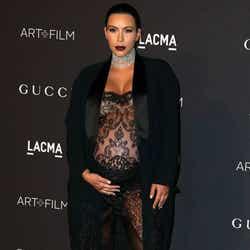 出産約1か月前のキム。 WENN.com/Zeta Image