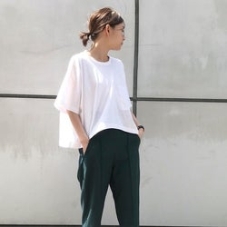 深緑に合う色は7色!何色の服・配色を組み合わせたコーデがおしゃれ?