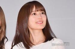 「まつむラー亭」店主に扮した松村沙友理を見た生田絵梨花「わー!」 (C)モデルプレス