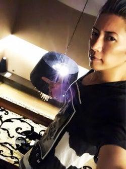 V6岡田准一・宮崎あおい夫妻が妊娠発表、是枝監督のパルムドールに音楽界からも祝福、GACKT参加の仮想通貨が5カ国で同時上場【5月19〜25日の週間音楽ニュース】